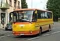 Krosno, Lwowska, autobus III.jpg