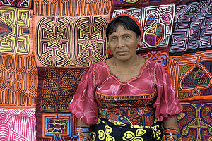 Guna people - A Guna woman selling molas in Panama City.