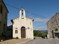 L'église du village d'Eyrolles.JPG