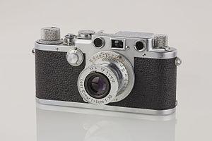 Viewfinder - Leica IIIf viewfinder camera, 1951