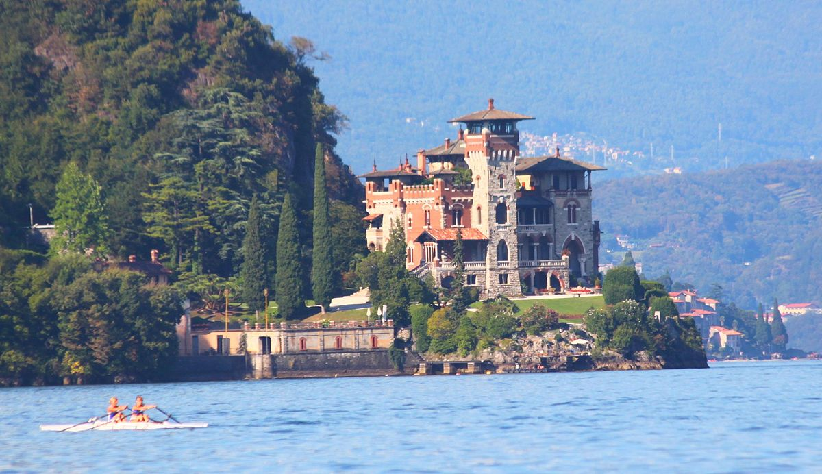 Zanzucchi photography lake villa 25 Nostalgic Photos Comparing