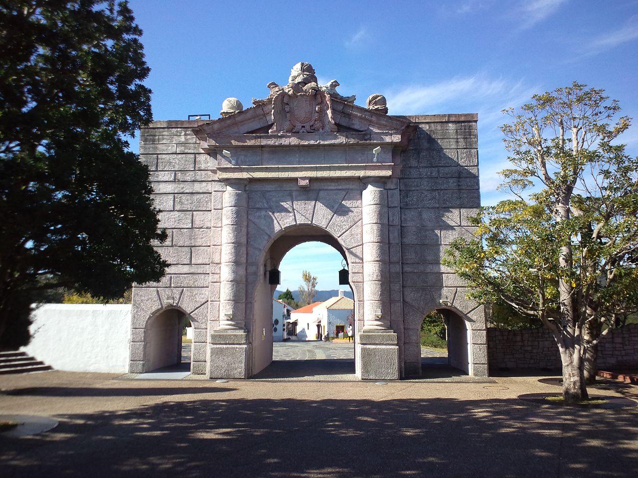 File La Villa Espa Ola De Shima Parque Espa A Puerta De