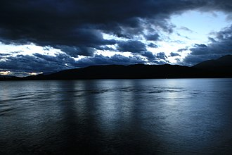 Te Anau - Image: Lake Te Anau Night