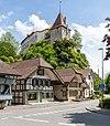 Laupen BE - Neueneggstrasse und Schloss.jpg
