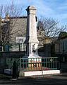 Le-Crest monument.jpg