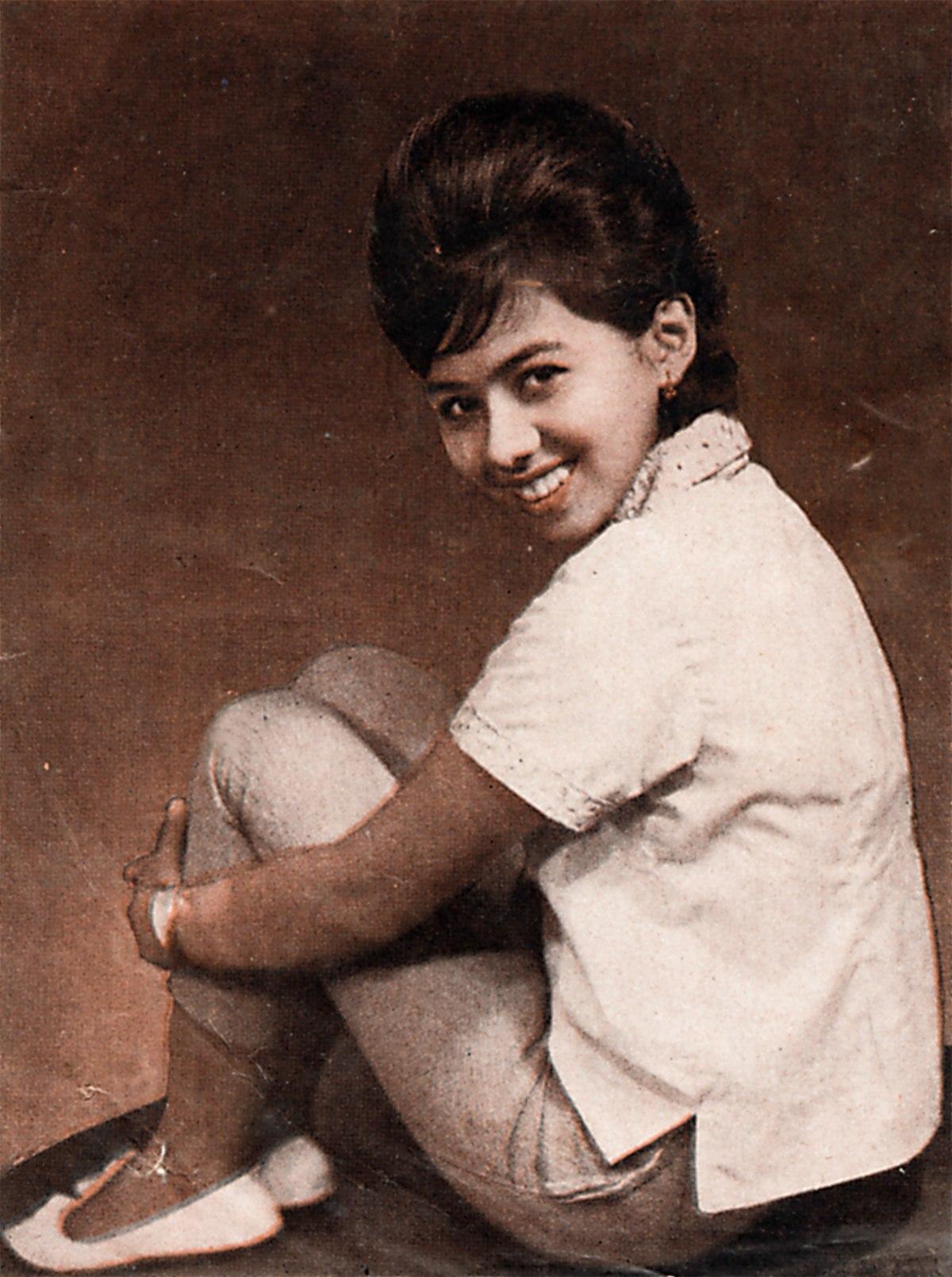 Lilis Suryani - Wikipedia