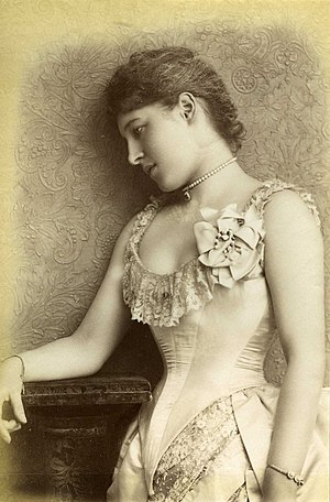 Lillie Langtry - August 1885 by William Downey
