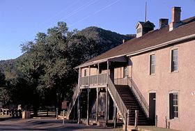 Le tribunal-prison de Lincoln. Billy the Kid s'en échappa en tuant deux hommes en 1881.