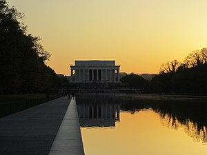 Lincoln Memorial and Reflection Pool, Washington, D.C. (2013).JPG