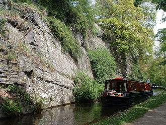 Shropshire Union Railways and Canal Company - Llangollen canal: The final narrows before Llangollen