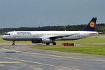 Lufthansa, D-AISQ, Airbus A321-231 (15834417074) (2).jpg