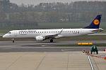 Lufthansa Cityline, D-AEMB, Embraer ERJ-195LR (22629026738).jpg