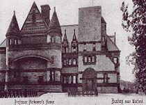 Lululaund (postcard c.1900) by Henry Hobson Richardson, Hubert von Herkomer.jpg