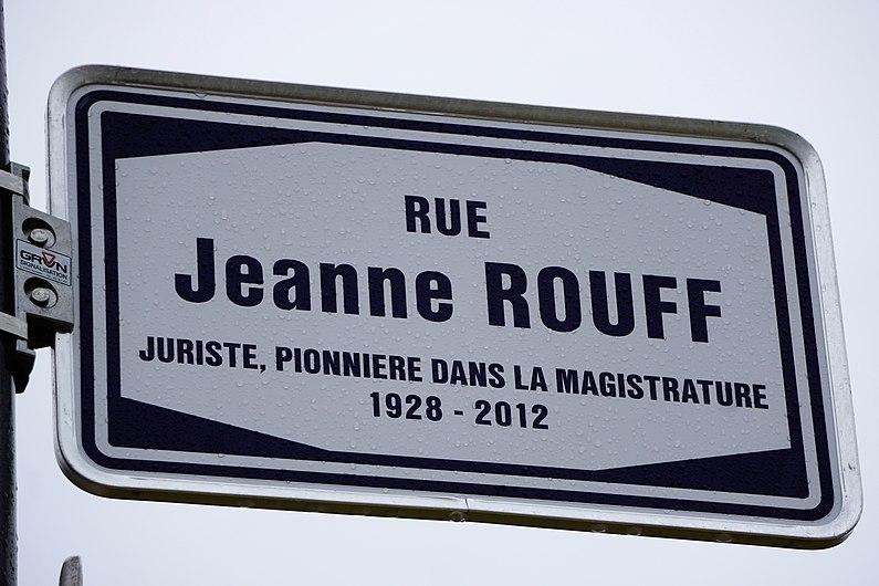 Luxembourg, Rue Jeanne Rouff (nom de rue).jpg