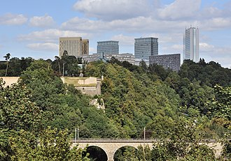 Kirchberg, Luxembourg - Image: Luxembourg Kirchberg as from montée Pfaffenthal 01