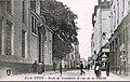 Lyon - École de Commerce et Rue de la Charité.jpg