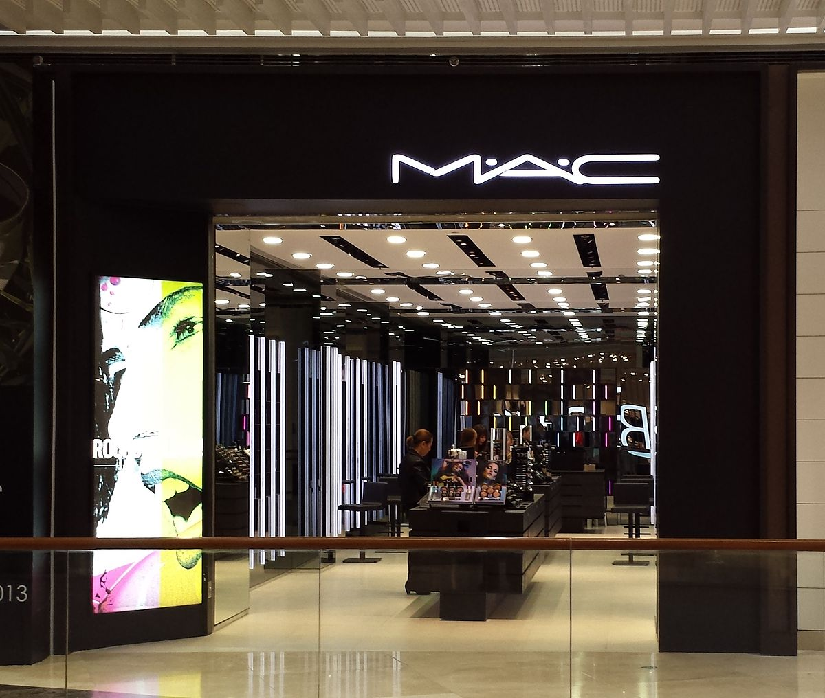 Mac Cosmetics Wikipedia La Enciclopedia Libre