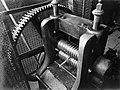Machine voor draadwalsen bij de fa Gerritsen & Van Kempen in Zeist, Bestanddeelnr 190-0515.jpg