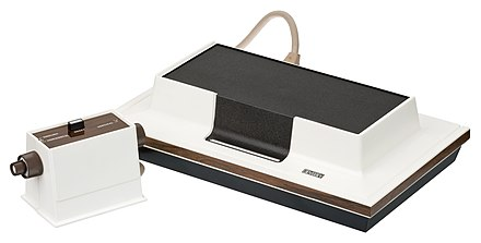 The Magnavox Odyssey, the first home console Magnavox-Odyssey-Console-Set.jpg