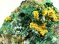 Malachite-Metatyuyamunite-Quartz-bb22b.jpg
