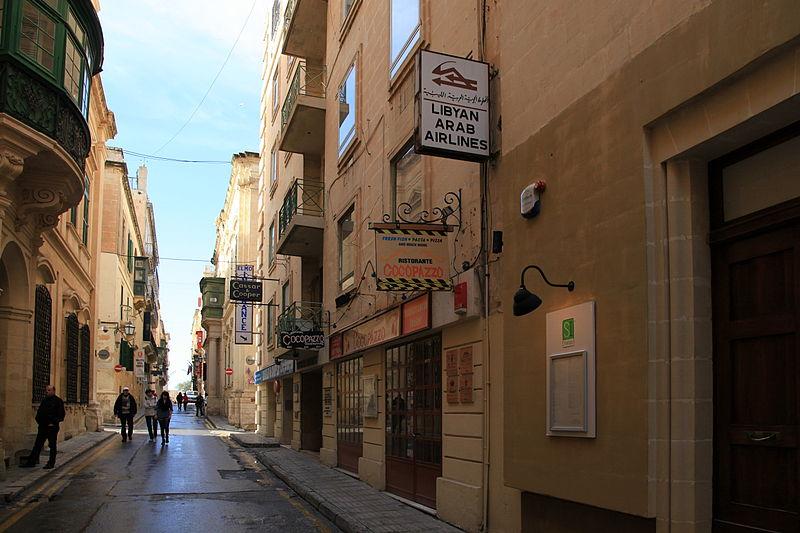File:Malta - Valletta - Triq il-Fran 07 ies.jpg