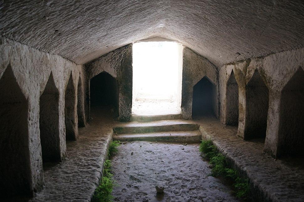 Maresha-kokhim-cave-northern-cemetery-d