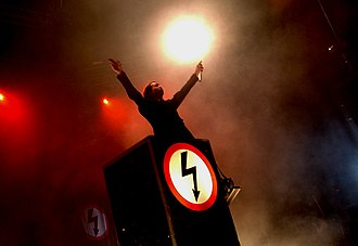 Antichrist Superstar - Manson performing on the Dead to the World Tour.