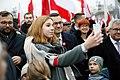 Mateusz Morawiecki z ludźmi na Biało-Czerwony Marsz.jpg