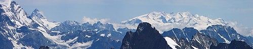 Matterhorn & Monte Rosa massif.JPG