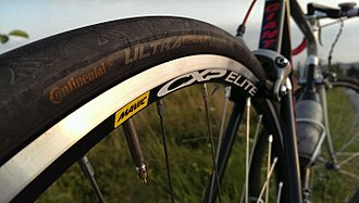 Mavic - Mavic CXP Elite road bicycle rim clad with Continental tyre