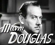 O actor estatounitense Melvyn Douglas en a cinta We Were Dancing (1942).