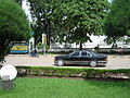 Mercedes-Benz W126 in Vientiane, Laos (3720334376).jpg