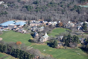Middlesex School - Image: Middlesex School Concord MA aerial