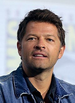 Misha Collins (48478243687) (cropped).jpg