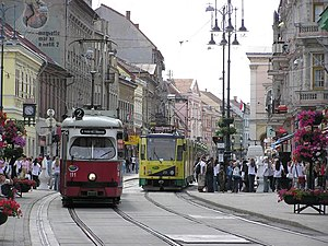 MVK Zrt. - Trams 1 and 2