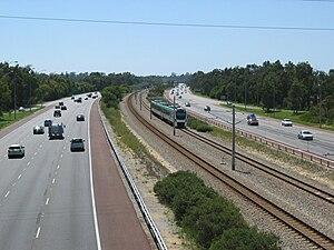 Mitchell Freeway - View north of Karrinyup Road