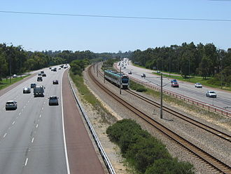 Mitchell Freeway - View north of Karrinyup Road