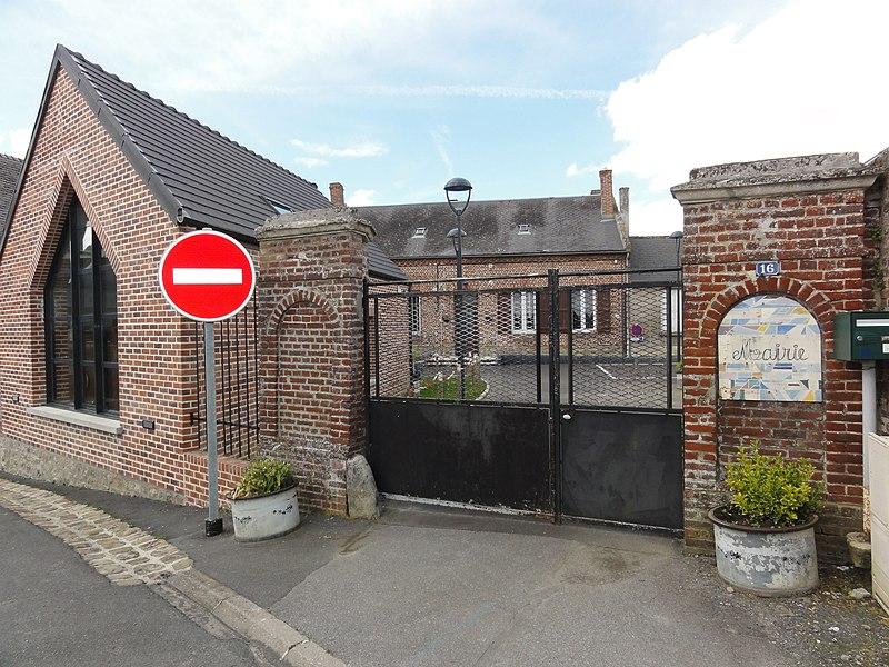 Montigny-sur-Crécy (Aisne) mairie - école
