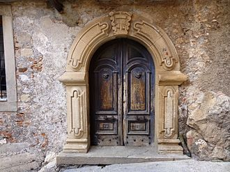 Novara di Sicilia - typical door in stone