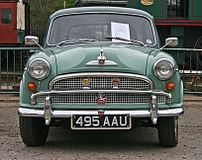 The 'luxury' version of the Morris Oxford Seri...