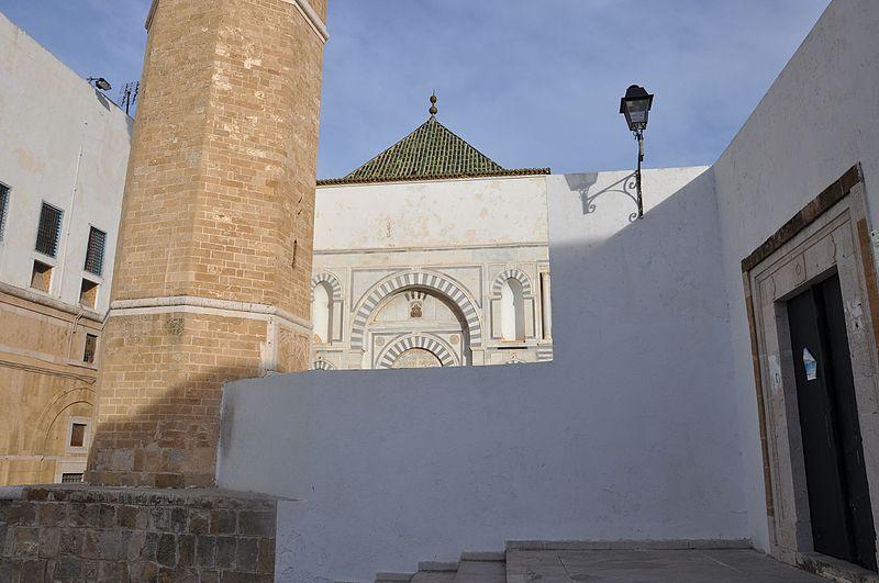 File:Mosquée Youssef Dey 15.jpg