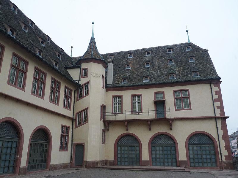 File:Musée historique de Strasbourg-Building.jpg
