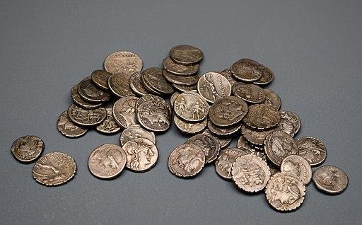 Museo de Albacete. Tesoro de denarios romanos 2