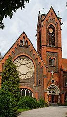 Mutterhauskirche in Duesseldorf-Kaiserswerth, von Sueden