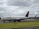 N156DL Boeing 767 Delta Air Lines Inc (30509414756).jpg