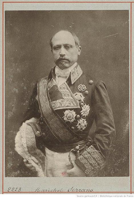 Serrano, fotografiado por Nadar.