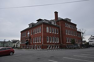 Robert C. Ingraham School - Image: New Bedford MA Ingraham School