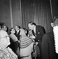 Nieuwjaarsreceptie Ministers Luns en Beyen. De Pakistaanse ambassadrice Begum Ra, Bestanddeelnr 907-5387.jpg