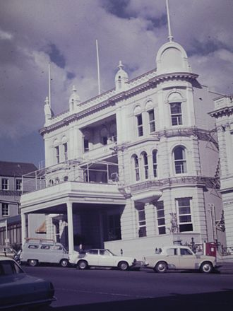 Grand Hotel (Auckland) - Grand Building, October 1974