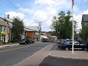 Rowayton - Image: Norwalk CT Rowayton Ave In Downtown Rowayton 08132007